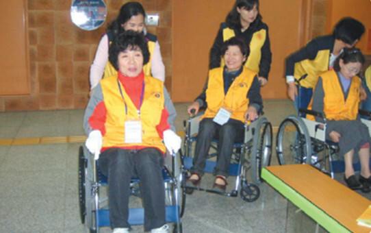 2011 자원봉사 우수사례집_ 광주지하철역과 연계한 자원봉사 상설체험존 운영