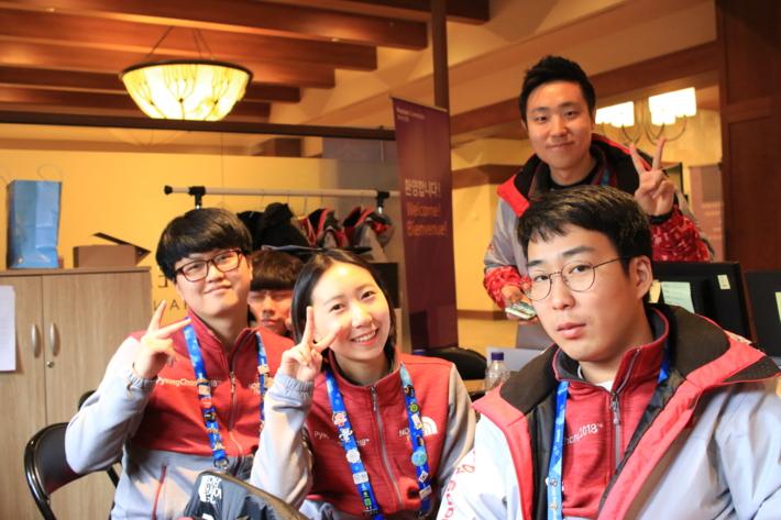 2018평창동계올림픽 및 패럴림픽 자원봉사자 기증 사진 - 용평드래곤밸리 봉사자들